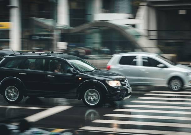 automobili traffico