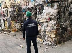 carabinieri noe capannone rifiuti abusivo