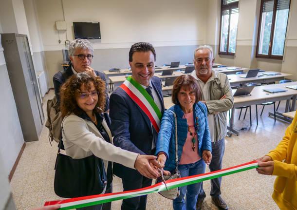 Besnate inaugura i nuovi laboratori della scuola