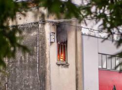 Incendio alla cabina dell\'energia elettrica