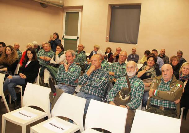 Dono degli alpini di Cuvio e Viggiù all'associazione Gentian