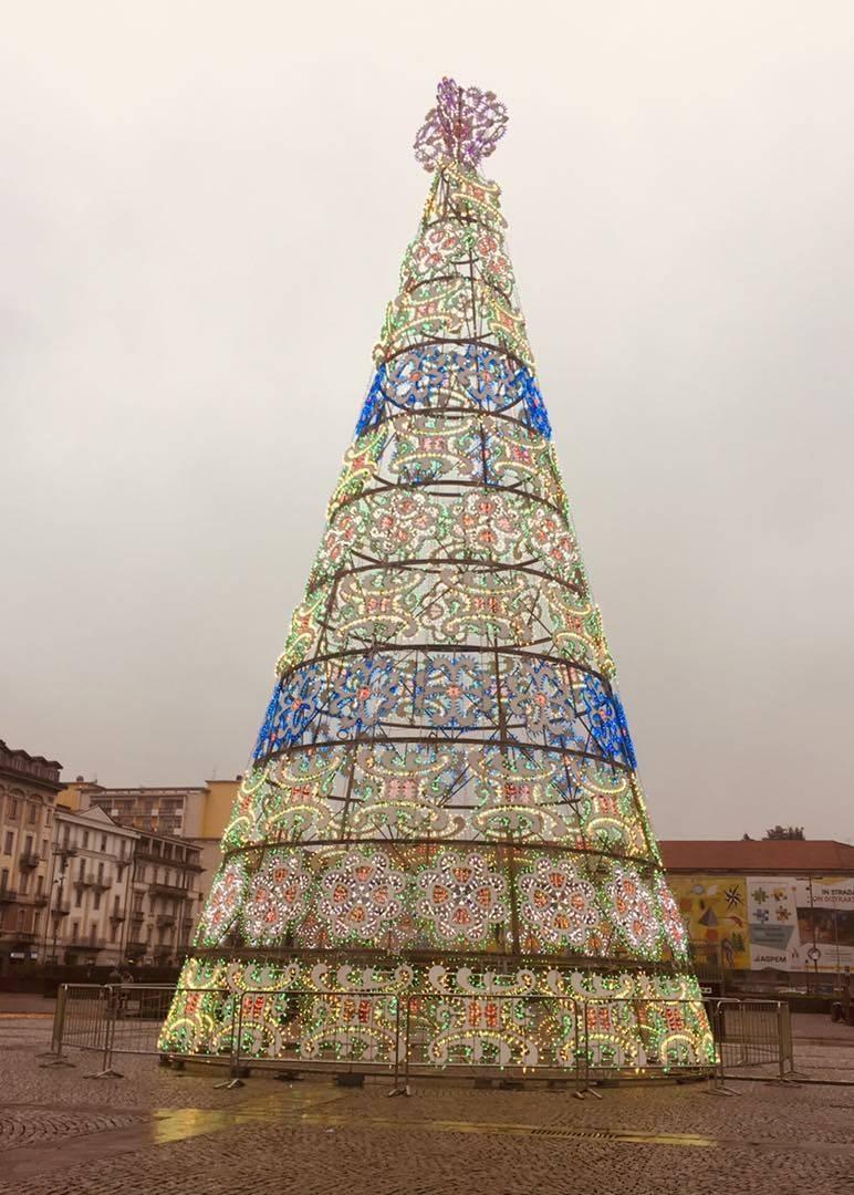 Albero di Natale piazza Repubblica