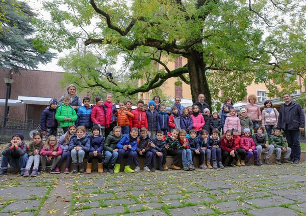 Festa di alberi e bambini
