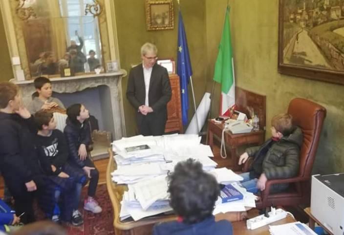 Gli alunni della Canetta alla guida di Varese
