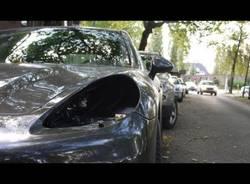 Ladro di fari di Audi e Porsche stresa