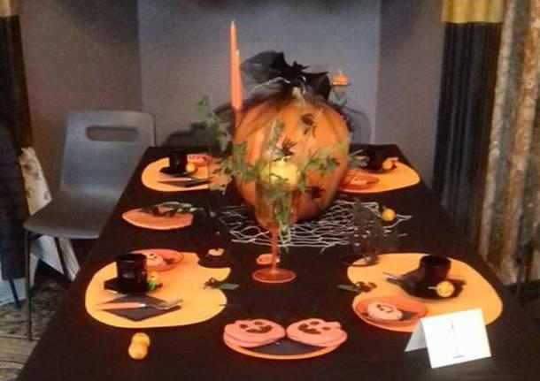 Le tavole di Halloween con Varese Alzheimer