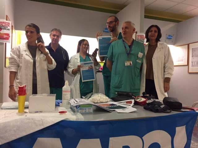 """Medici in sciopero: """"Sanita' pubblica a rischio"""""""