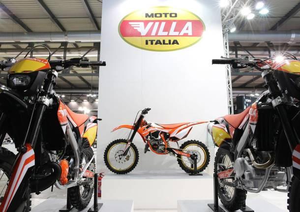 Iscriviti subito, se possiedi una moto Ducati avrai loccasione di vincere premi esclusivi tra cui unHypermotard con livrea.