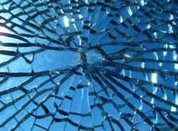 Spaccata  vetro spaccato