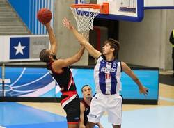 thomas scrubb basket pallacanestro varese porto