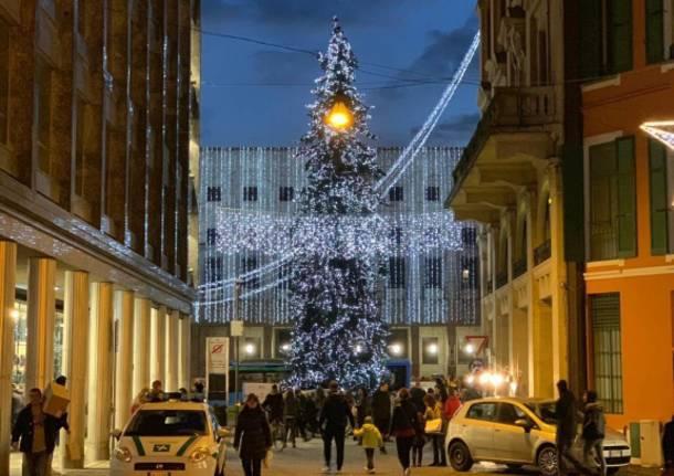 Natale e capodanno a milano tra alberi e luci mercatini