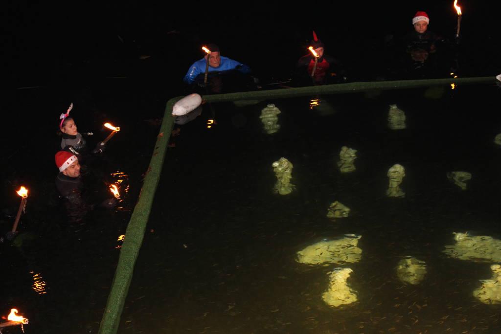Posa del Bambinello al Presepe sommerso di Lavena Ponte Tresa