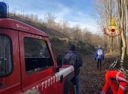 Ciclista soccorso a Travedona Monate