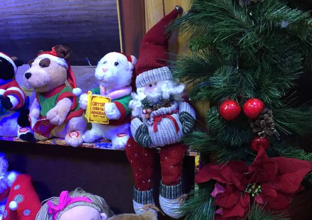 Casa Di Babbo Natale.Il Natale A Comerio Mercatino Laboratori E Babbo Natale