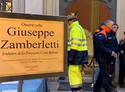 Camera ardente in salone Estense per Giuseppe Zamberletti