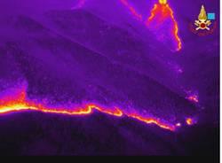 Incendio Martica, le immagini dei vigili del fuoco
