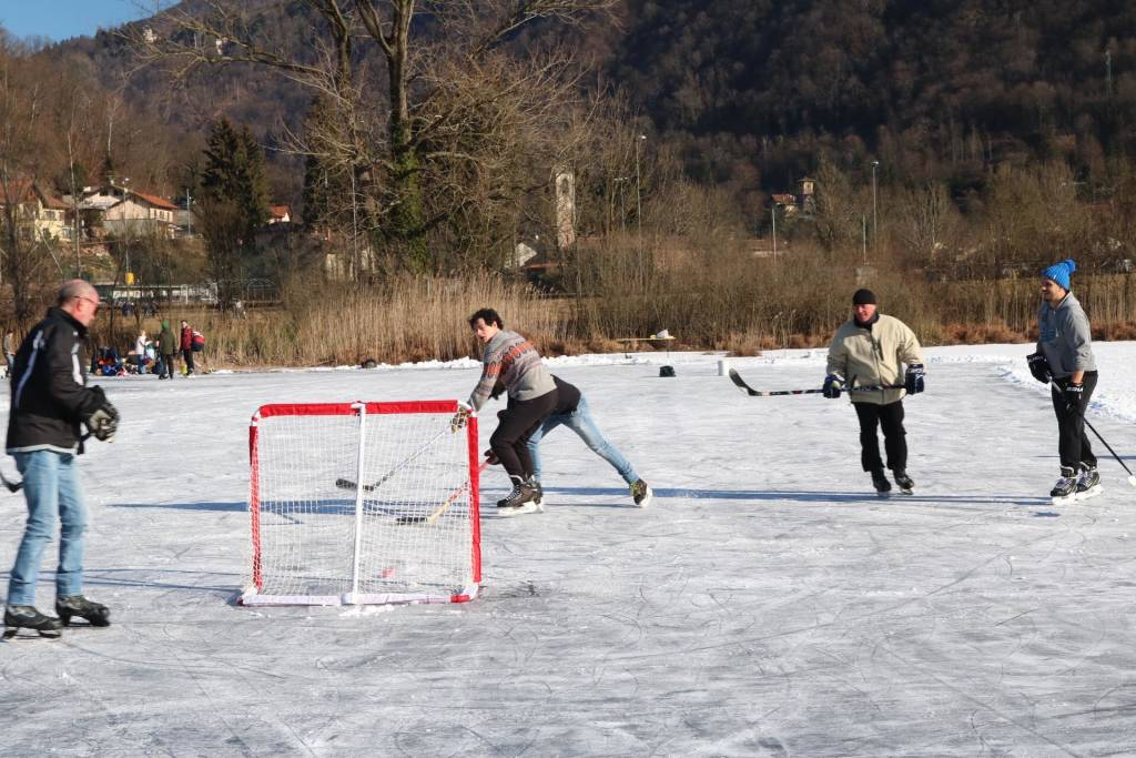 Hockey prof a Ganna