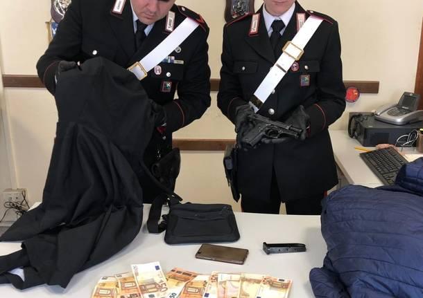 carabinieri castellanza rapina pistola soldi