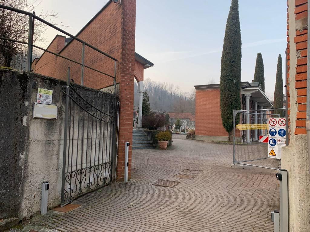 Cimitero Azzate