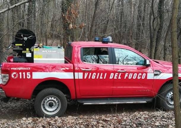 incendio boschi vigili del fuoco