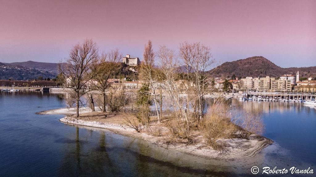 L'isolino Partegora e la Rocca