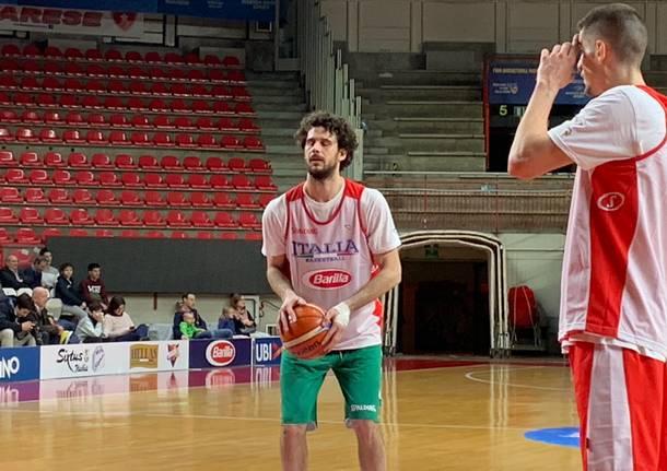 La nazionale di basket in allenamento a Masnago