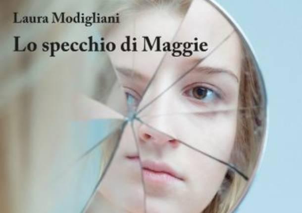 lo specchio di maggie copertina libro laura modigliani