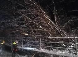 Protezione civile del Piambello all'opera per l'emergenza neve
