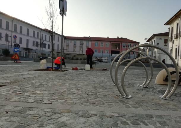 Rastrelliere biciclette piazza vittorio emanuele busto arsizio