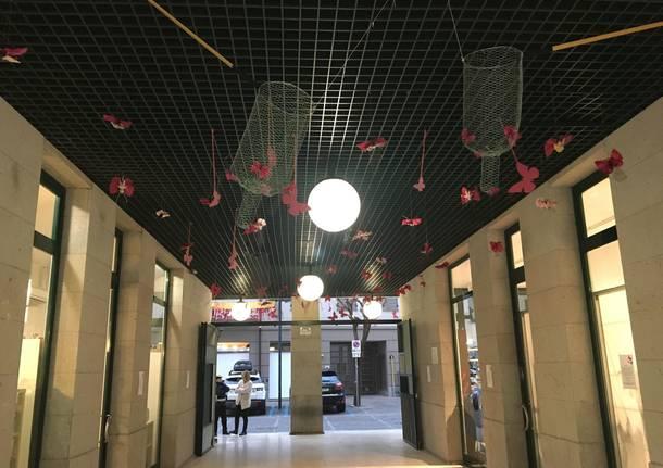 Farfalle in piazzetta Schuster per l\'8 mazo