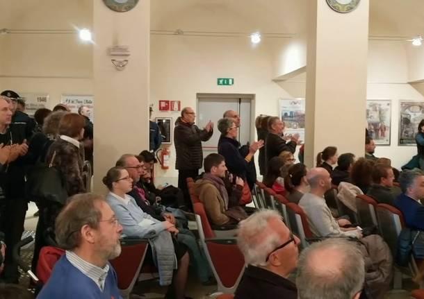Salva via Roma presenta un esposto al Prefetto sulla conduzione di Fagioli del consiglio comunale aperto