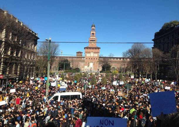 Friday for future, la manifestazione di Milano