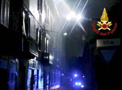 Varese: incendio in via Bainsizza
