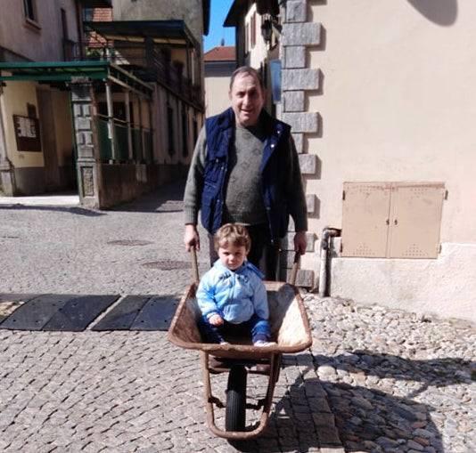 a spasso con nonno vincenzo