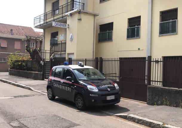 gazzella carabinieri fagnano olona