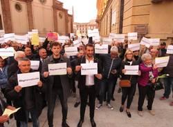 manifestazione dimissioni fratus legnano