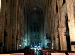 Notre Dame sopravvissuta alle fiamme