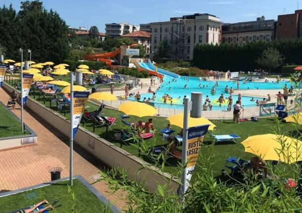 piscina manara esterno