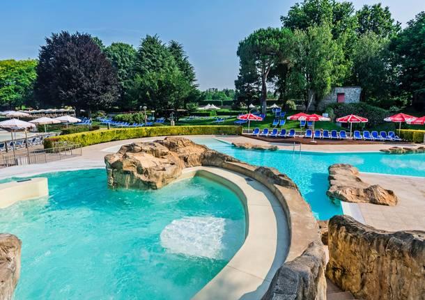 Per maggiori informazioni sui corsi e sullorganizzazione degli incontri in piscina.