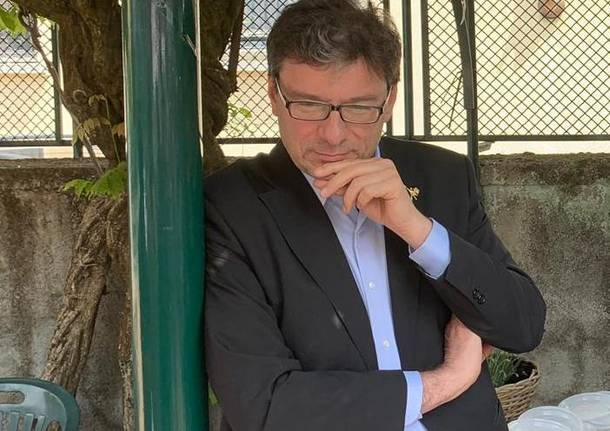"""""""Nessuno va più dal medico di base"""", polemica su Giorgetti (che cita ..."""