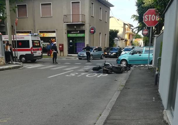 incidente busto arsizio via stelvio