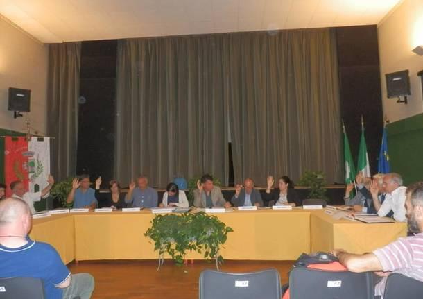 consiglio  comunale taino