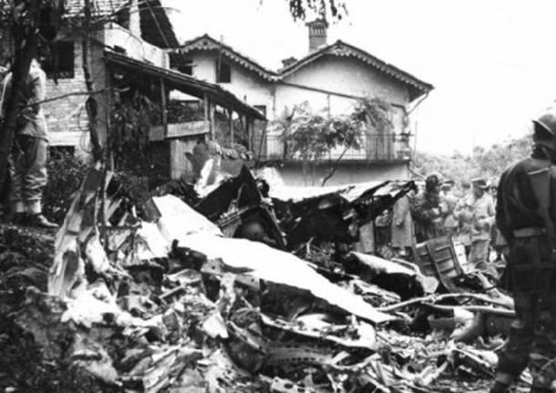 disastro aereo olgiate olona 1959