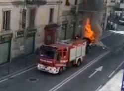 incendio varese via magenta