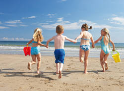 spiaggia bambini mare vacanza