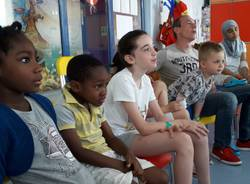 Cantastorie in pediatria al Del Ponte