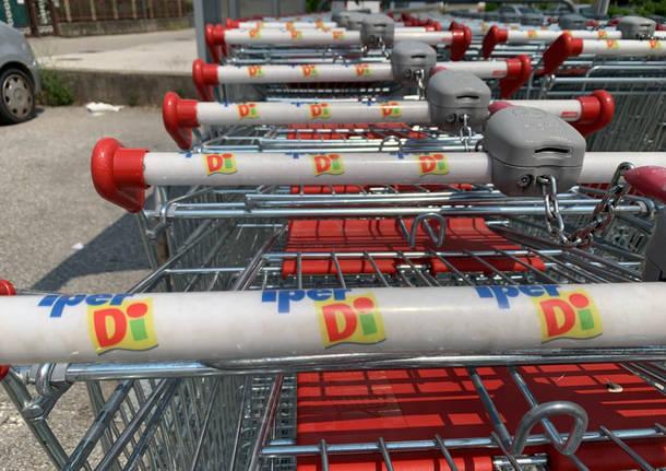Porto Ceresio - Il supermercato Iperdì - luglio 2019