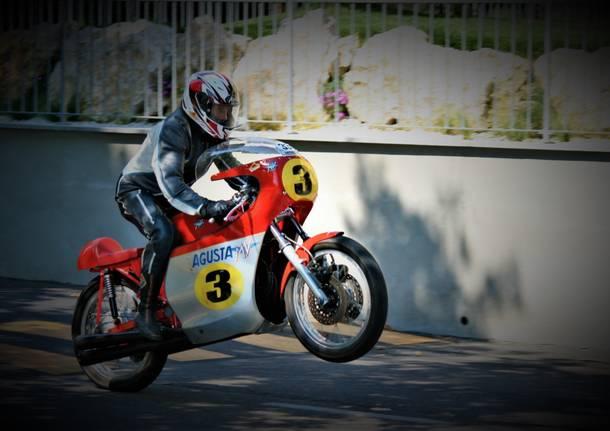 Le moto storiche rombano a Tradate