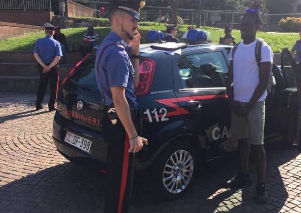 Carabinieri in piazza Repubblica