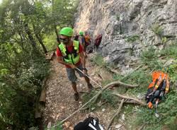 Il sabato di lavoro del soccorso alpino